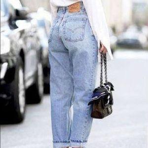 Vintage Levi's Highwaisted Medium wash Mom Jeans